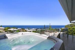 Beachfront accommodation sunshine coast - 3/41 Belmore Terrace spa